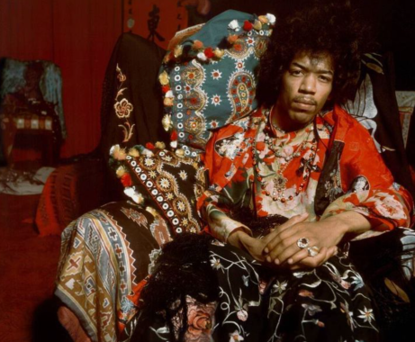 photo of jimi hendrix from thegirlskeepcomingtothecanyon